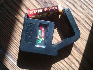 Вольт проверки AA AAA CD В 9 в кнопки сотового мощность