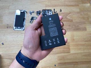 Apple iPhone 12 Pro Bateria nu se încarcă? О vom înlocui fără probleme!
