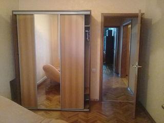 4-х комнатная, Чеканы, 54000 евро, автономное отопление, 143 серия, с мебелью и техникой!!!