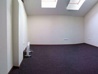 Oficiu in Centru! Accesibil! Openspace 24m2 (M. Cebotari, 28)