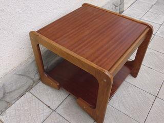 столик под телевизор 400 лей