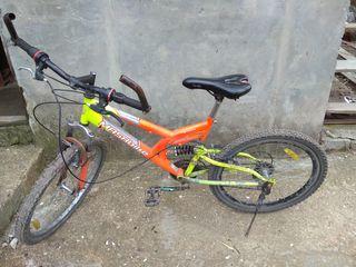 Vând bicicleta. Italia