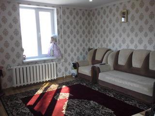 Продам обшежития или меняю на машину с молдавский номеров 2 комнатную,рыбница