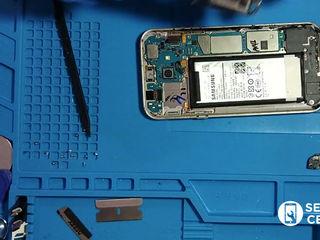 Samsung Galaxy A7 2015 (SM-A700HZWDSEK)  Не держит батарея, заменим без потерей!