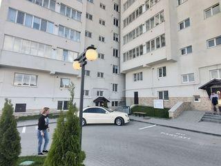 Apartament ( Ialoveni) 52m2- euro reparatia!!!