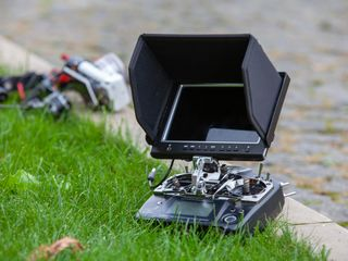 Vând totul pentru un hobby legat de drone!!!