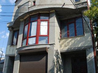 Casa pentru afaceri linga Piata Centrala - 263 m2