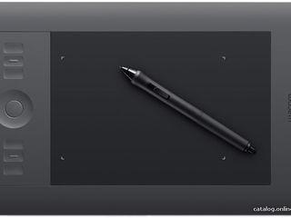 Wacom Intuos5 Touch Small Pen Tablet (PTH450) - профессиональный графический планшет
