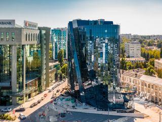 Chirie oficii! 39m2. Centru, Str. Ștefan cel Mare! Business Centru Infinity Tower! Ofertă exclusivă!