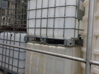 Бочки 2 тонны / 1 тонна / 250 лит/ 220 литр (пищевая)