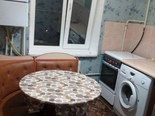 Chirie apartament, 1 odaie, Ialoveni, str. Alexandru cel Bun 38