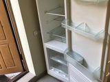 Liebherr двухкамерный холодильник, с морозильником. Работает отлично.