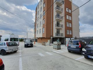 Apartament - 3 odai  - 120 m2 - 345 eu/m2 !
