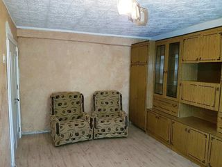 Срочно продаётся квартира в городе Рышканы!!! 3 ком. 18500 евро. Торг.
