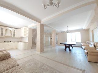 Vânzare casă cu 3 nivele. Trușeni!