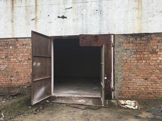 Chirie, spațiu comercial, ciocana, 40 mp, 120 €