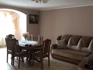 Apartament Ialoveni!!!