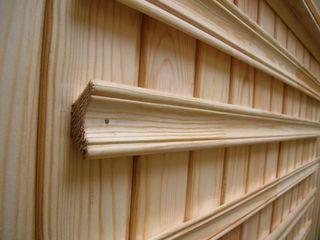 Плинтус деревянный и пластиковый,дешево, торг уместен!!!