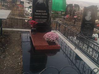 Cele mai ieftine monumente funerare din Moldova.