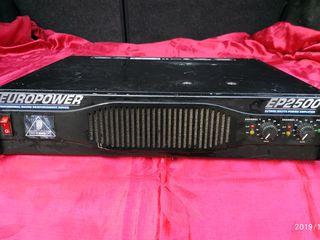 Усилители Behringer 2500 EuroPower (поддержка нагрузки 2 Om)...