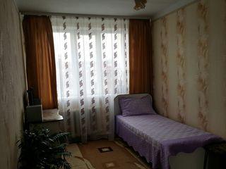 se vinde apartament cu 3 odăi. 68 mp.