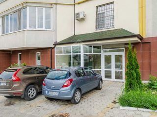 Spre vânzare spațiu comercial, 178 mp, str. S. Rădăuțanu 84900 €