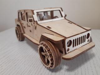 Модели-конструкторы автомобилей.