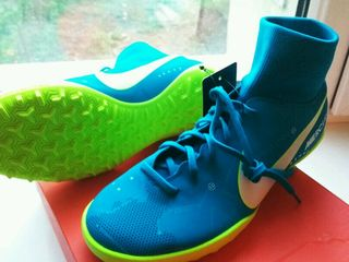 Urgent vind bampuri noi Nike Neymar original. Сделай подарок ребёнку оригинальные бампы Nike Neymar