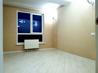 Costin! Buiucani, dormitor + living, de mijloc 46m2, Cazan Bosch, Parc!
