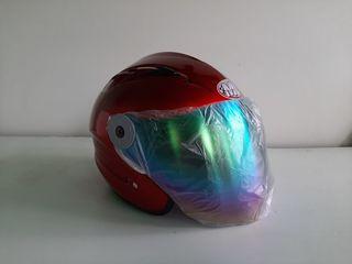 Шлемы новые.