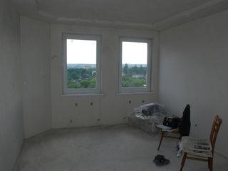 Apartament 5 camere in doua nivele, terasa, priveliste parc, str.Calea Orheiului !