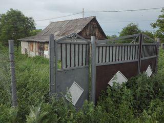 6 ari + casa 22 km de la Chisinau