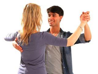 Бальные танцы для взрослых: нужны партнеры!