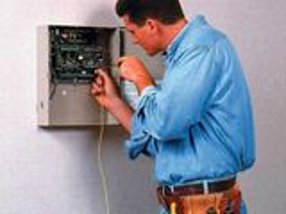 Lucrari electricitate acasa 24/24! Mai ieftin nu gasiti!