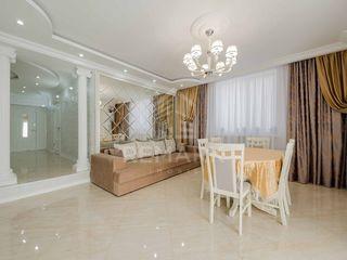 Se vinde casă Dumbrava, 8 ari, vilă!