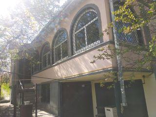Casa de vacanta, 3 nivele, incalzire autonoma, billiard, 77,3 m.p..
