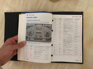 чистая  сервисная книга автомобиля volkswagen golf 5 + инструкция по эксплуатации