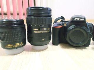 Nikon D5600 + 2 obiective + lampa pentru poze