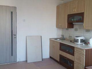 Продается блок в общежитии.. Балка