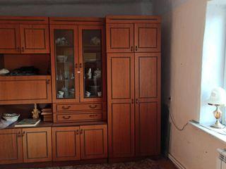 Срочно! Продам в центре г Дубоссары котельцовый жилой дом с участком 14 соток. 3 комнаты