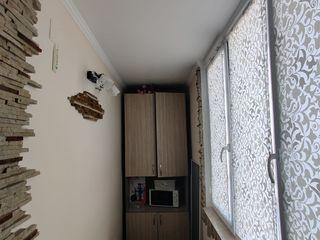 Se vinde apartament cu 1 camera.com.Ciorescu str.Moldova nr12
