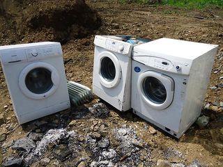 Приму в дар стиральную машынку  технику и мебель,ненужную вам. Бельцы.
