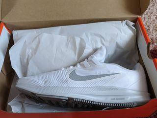 Nike 100% Original.Marimea 40.5