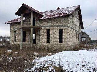 Casa nefinisata in Brăviceni, Orhei