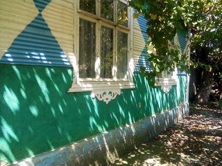 Casa de vinzare in satul dusmani
