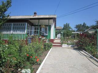 Casa de locuit in comuna Budesti
