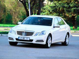 Mercedes Moldova albe/negre (белые/черные) - 15 €/ora (час) & 79 €/zi (день)