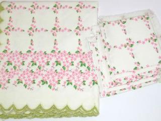 Скатерть+салфетки. Лен. Скатерть 100% polyester.
