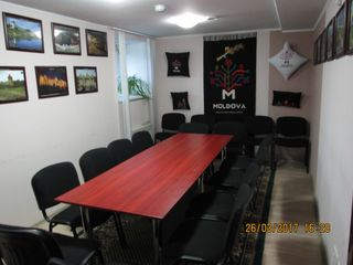 Oficiu in Centru, str. Bulgara intersectie cu A. Mateevici, euroreparatie, mobilat, parcare!