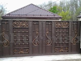 Ворота, заборы, решётки, козырьки,  перила,металлические двери  и другие изделия из металла.